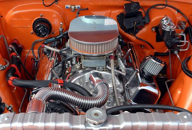 Co wpływa na pracę silnika w samochodzie?